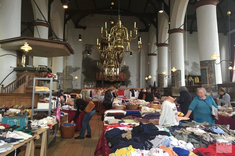 Kleding- en Snuffelmarkt levert 5000 euro op voor Bonifaciuskerk