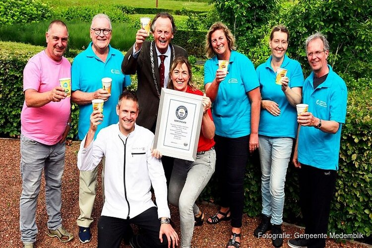 Certificaat Guinness Book of Records eindelijk in Nibbixwoud