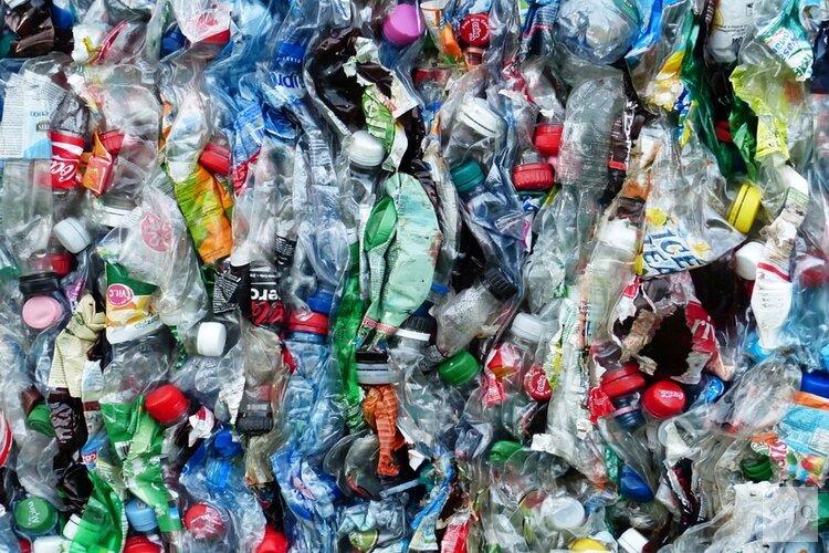Bellenscherm tegen microplastics in Wervershoof werkt