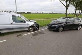 Twee voertuigen total loss na aanrijding