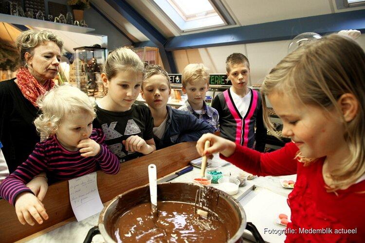 Bakkerijmuseum 'Choco-zondag' Met chocoladetovenaar en chocoladekunstenaars