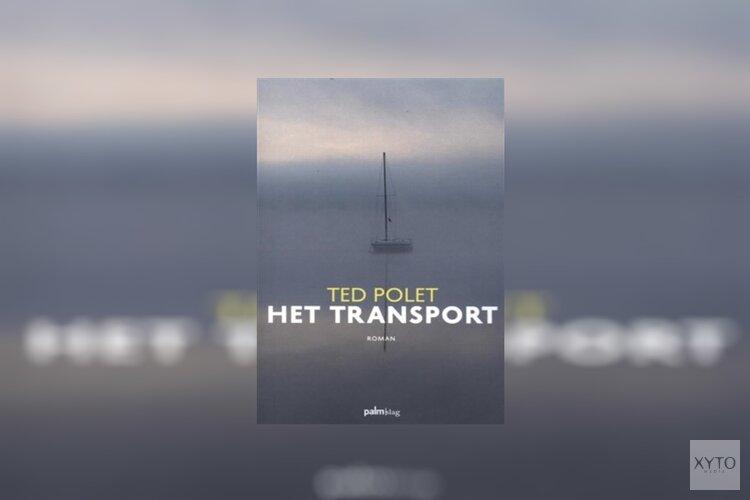 Auteur Ted Polet schrijft nieuwe roman deels op zijn boot in Andijk